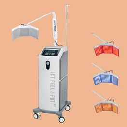 Jet Peel with Light Therapy